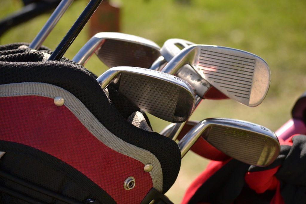 ゴルフアイアン